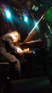 2012/04/26 Kiichiro Hagita play the piano @音太小屋